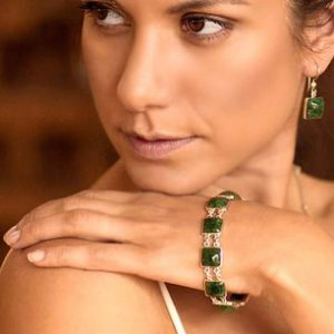 Handmade Central American Sterling Silver Jade Link Bracelet, 'Love's Riches'