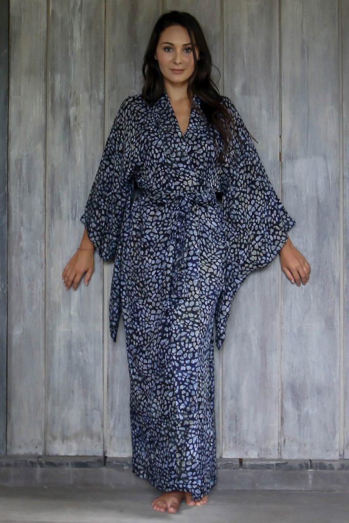Womens 100% Rayon Gray and Black Kimono Sleeve Long Batik Robe, 'Balinese Ease'